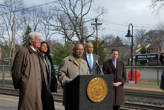 Payne, Menendez, Booker Deliver Holiday Gift for NJ Transit Riders: Tax Breaks, Money Back in Their Pockets