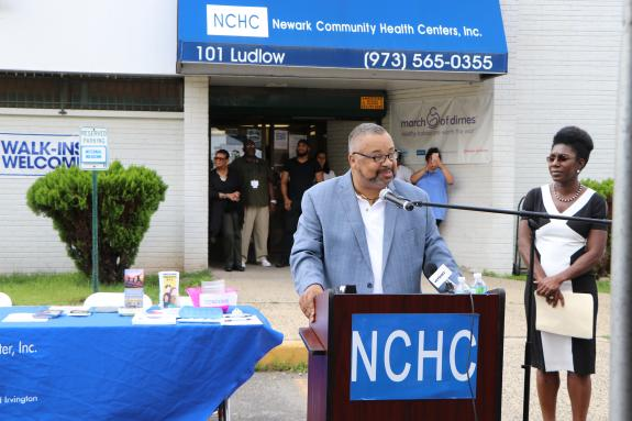 Rep. Donald M. Payne, Jr. Speaks at Health Fair in Newark to Mark National Health Center Week